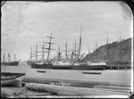 Paddle steamer 'Luna' at Port Chalmers