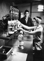 Bottling sherry at Mazuran's Vineyard, Henderson,  West Auckland