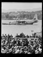 Launching TEAL's inaugural Wellington to Sydney flight, Evans Bay