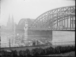 New Zealand soldiers looking towards the Hohenzollern Bridge, Cologne, after World War I