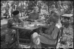 Peter Fraser meeting with New Zealand army officers during World War 2, Italy