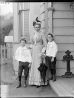Lydia Williams, with her two sons, Edgar Richard and Owen William, at their home, Royal Terrace, Kew, Dunedin