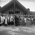 Group in front of the Centennial Memorial Meeting House, Ohinemutu, Rotorua, at the official opening