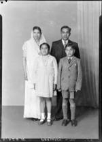 Family of Mr L Parsoten