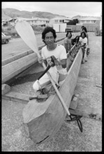 Maori canoe builders at work on Hawaiki-Nui - Photograph taken by Ross Giblin