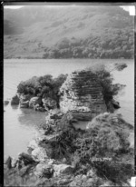Fairy Rocks, Ponganui, in the vicinity of Raglan, 1910 - Photograph taken by Gilmour Brothers