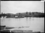 Paddle steamer Freetrader on the Waikato River near Mercer