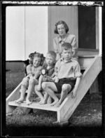 Armstrong children at Woolley's Bay