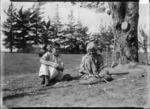 Kapi Kapi and a young woman with kete