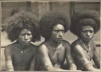 Mekeo types, Village Bioto / Frank Hurley