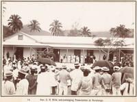 C.H. Mills speaking at Rarotonga, 1903