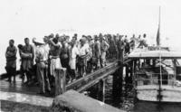 60 Mau prisoners arrive from coast at dawn