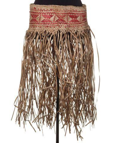 Pāreu rau'ara (dance skirt)