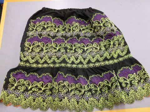 Urohs en Pohnpei (Pohnpeian skirt)