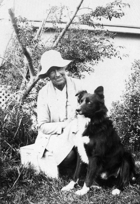 Blanche Edith Baughan and dog