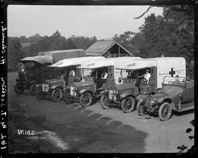 The Motor Transport Section at Hornchurch Convalescent Hospital, England. World War I. Royal New Zealand Returned and Services' Association: New Zealand official negatives, World War 1914-1918\. Ref: 1/2-013953-G
