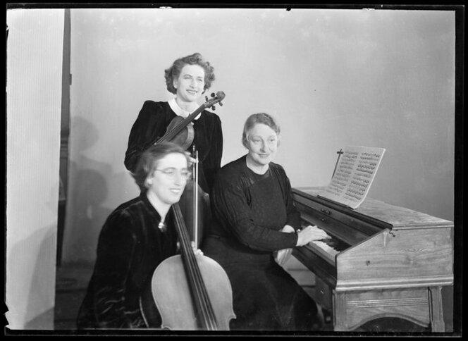 Dorothy Davies Trio