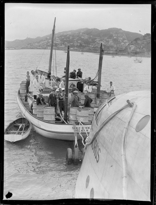 Launch, Wild Duck, refuelling the flying boat, Centaurus, Wellington Harbour
