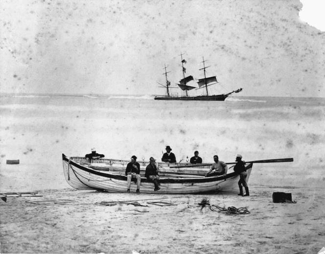 Creator unknown :Photograph of the wreck of the Ocean Mail, Chatham Islands