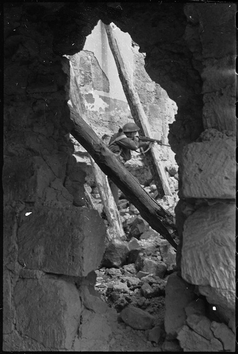 Infantry soldier on the Cassino battlefront, Italy - Photograph taken by George Kaye