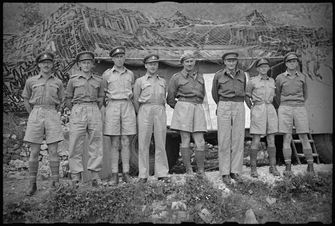 Officers of HQ 2 NZ Divisional Artillery in the Volturno Valley, Italy, World War II - Photograph taken by George Kaye