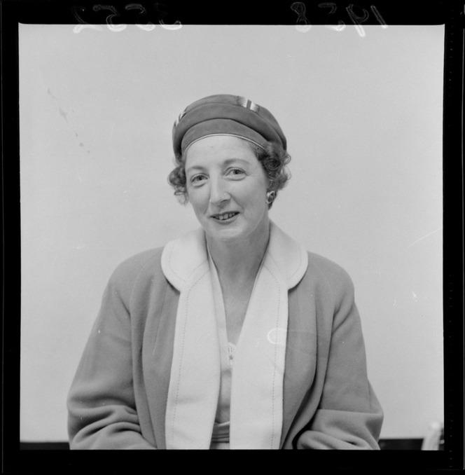 Mrs F H [Manoy?], Wellington