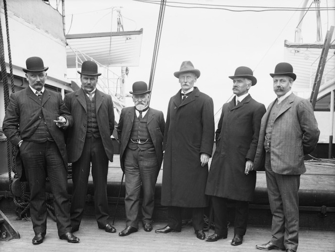 Group on board the ship Corinthic, upon the return of William Hall-Jones