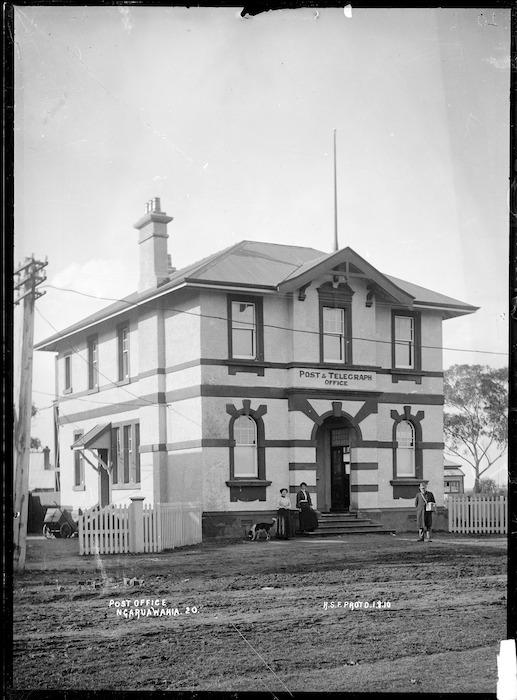 Post and telegraph office, Ngaruawahia - Photograph taken by Robert Stanley Fleming
