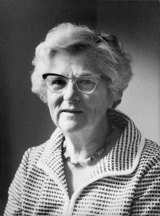 Currie, Barbara W : Portrait of Elsa Beatrice Kidson, 1905-1979
