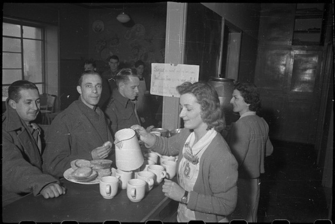 New Zealand soldiers at the New Zealand Forces Club in Bari, Italy, during World War 2
