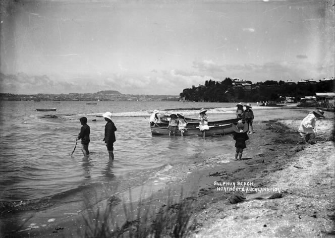 Sulphur Beach, Northcote, Auckland