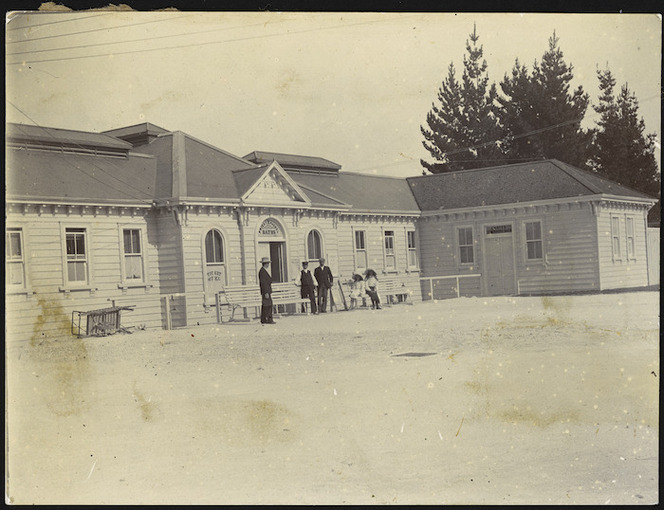 Creator unknown :Photograph of Madame Rachel and Priest's Baths Pavilion, Rotorua