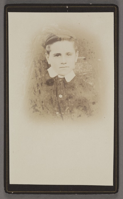 Photographer unknown :Portrait of unidentified young man