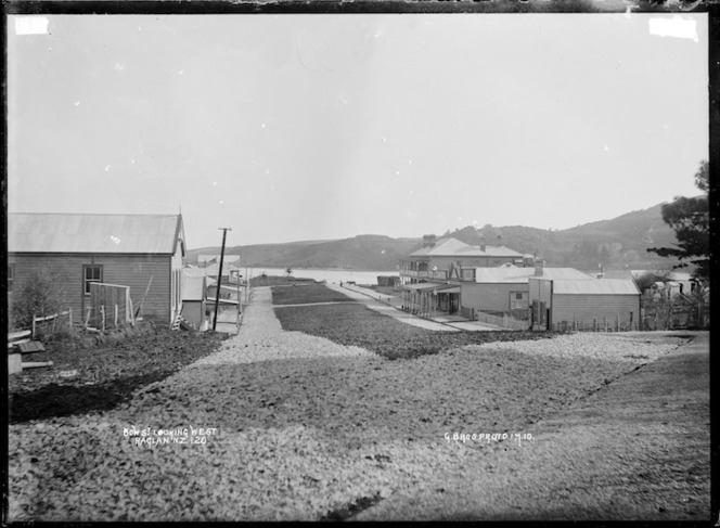 Bow Street looking west, Raglan, July 1910 - Photograph taken by Gilmour Brothers