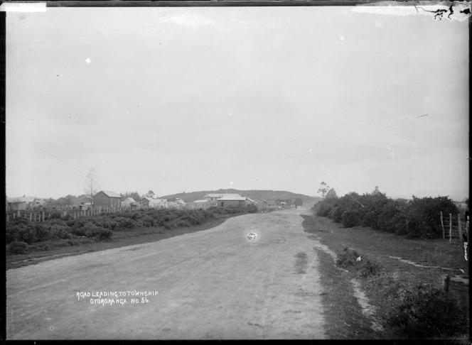 Road leading into Otorohanga