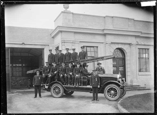 Otahuhu Fire Brigade outside the Borough Council Chambers