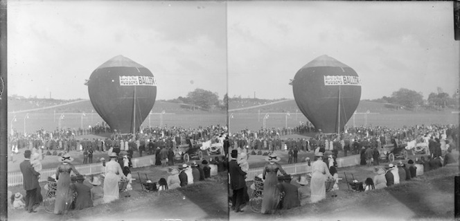 Stereoscopic photograph of a hot air balloon at the Domain, Auckland