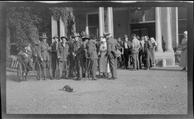 Invalid World War I soldiers. Possibly outside Oatlands Park Hospital, Surrey.  Crown Studios Ltd :Negatives and prints. Ref: 1/2-203685-F