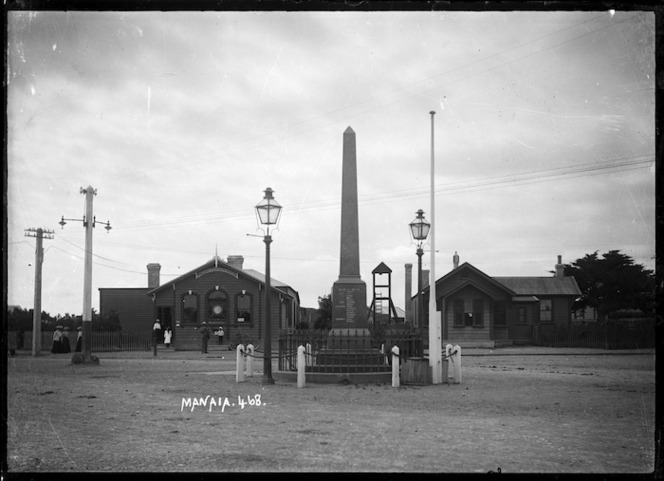 Manaia, showing the Post and Telegraph Station, and the War Memorial