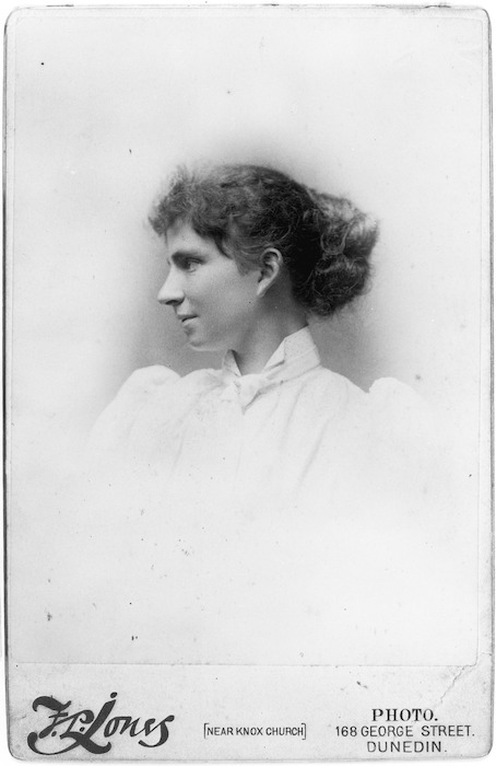 Jones, Francis Lawrence, d 1898 : Mabel McIndoe