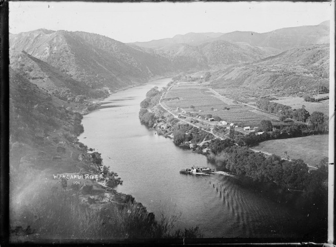 Looking down on the Whanganui River and the town of Kaiwhaiki