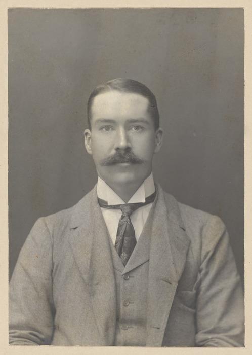 Kinsey, William Henry Scott 1860-1931 :Photograph of Alexander Horsburgh Turnbull
