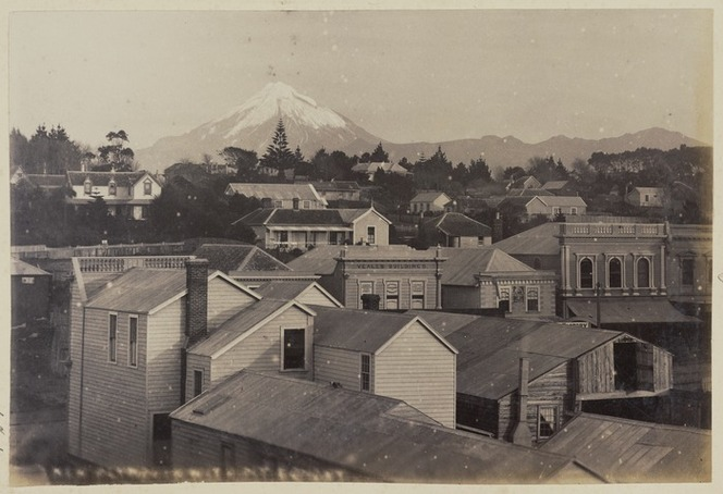 New Plymouth, with Mount Taranaki in the background