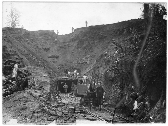 Creator unknown : Photograph of railways construction, location unidentified