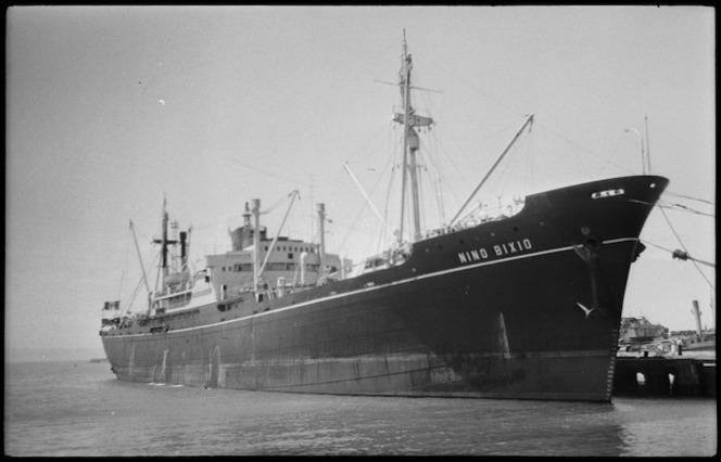 Nino Bixio, ship