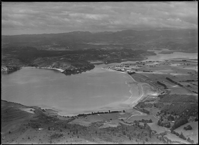 View of Whitianga and Mercury Bay, Coromandel Peninsula, New Zealand