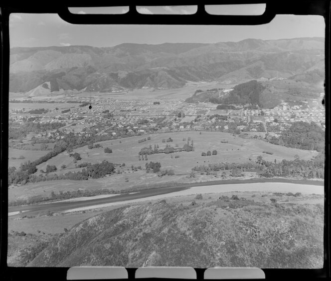Heretaunga Golf Links and Hutt River, Upper Hutt