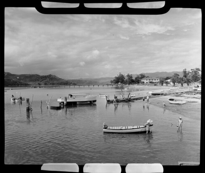 People paddling and boats, Whitianga harbour