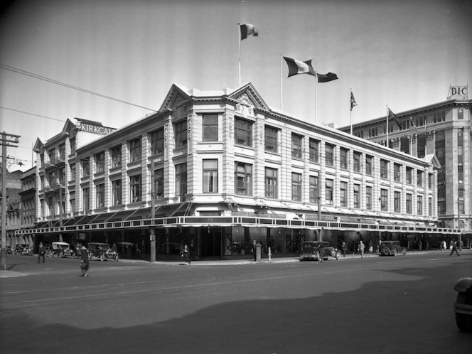 Photograph of the Kirkcaldie & Stains department store, taken by Gordon Burt (1920s). Ref: 1/1-015403-F