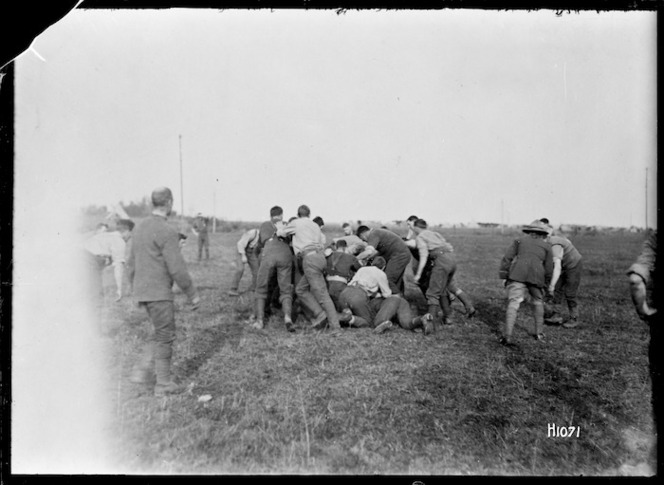 New Zealand soldiers playing rugby, Fontaine